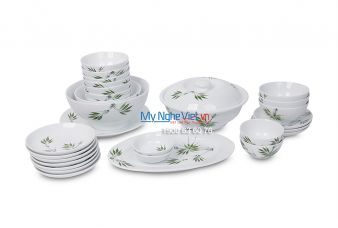 Bộ bàn ăn men trắng vẽ trúc xanh