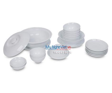 Bộ bàn ăn men trắng dành cho 6 người MNV-BBA01-12