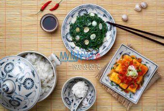 Bộ bàn ăn men rạn giả cổ </p> vẽ chuồn khoai và hoa cúc dây