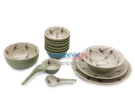 Bộ bàn ăn Bát Tràng men xanh đồng vẽ chuồn kim MNV-BBA3