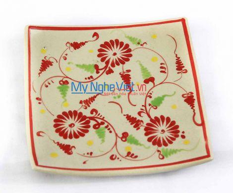 Đĩa vuông gốm Bát Tràng hoa văn Hoa cúc đỏ MNV-BOA03-2