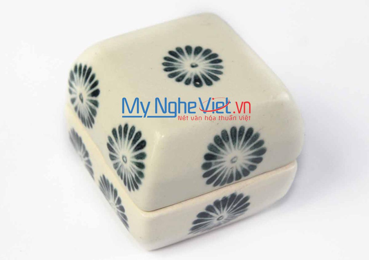 Hộp nhỏ gốm Bát Tràng hoa cúc xanh MNV-BOA67-2